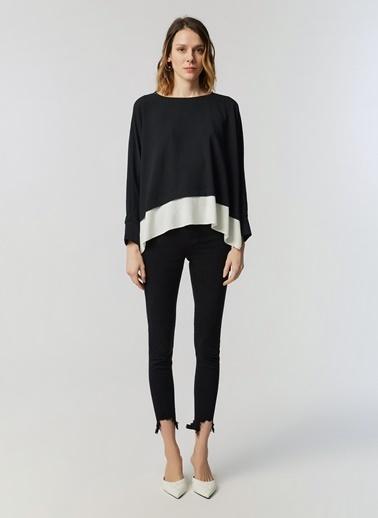 Monamoda Yarasa Kol Krinkıl Crop Parça Garnili Bluz Siyah